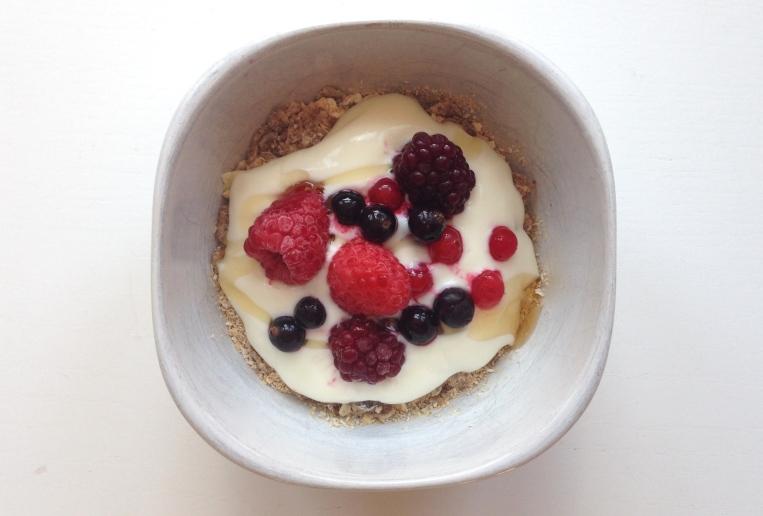Berrys, Yoghurt, Muesli and Oatbran